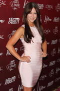 th_24488_Jennifer_Love_Hewitt_arrives_at_the_3rd_Annual_Variety_s_Power_of_Women_Event_122_437lo.jpg
