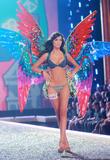 th_00689_Victoria_Secret_Celebrity_City_2007_FS513_123_697lo.JPG