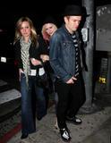 Avril Lavigne- LA candids